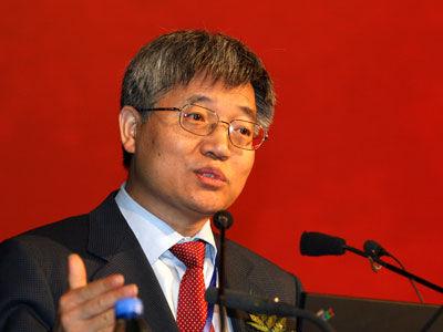图为北京大学工商管理研究所所长、经济学教授张维迎。(资料图)
