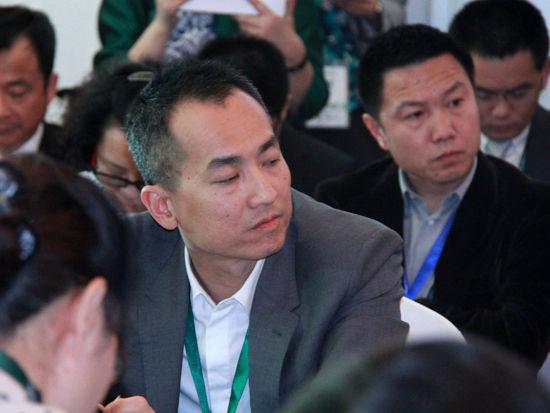 """""""2015中国绿公司年会""""于4月20日在沈阳举行。上图为英国电信中国业务负责人Alvin Heng。(图片来源:新浪财经 刘海伟 摄)"""