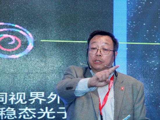 """""""2015中国绿公司年会""""于4月20-22日在沈阳召开。上图为中国科学院高能物理研究所研究员、中国科学院粒子天体物理重点实验室主任张双南。(图片来源:新浪财经 刘海伟 摄)"""